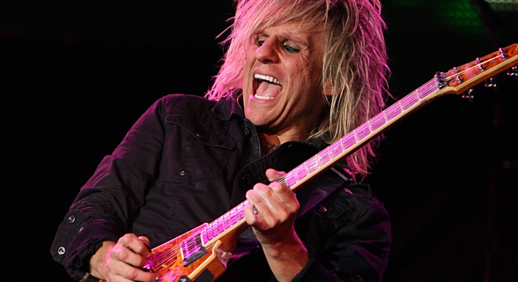 C.C. Deville Nationality Net Worth Family Height Weight Age